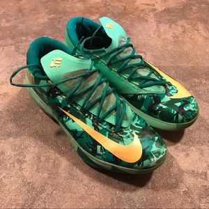 ea0ef5fd8d84 Men s Nike Easter Shoes on Poshmark